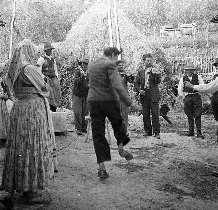 György Martin dancing. Magyarvista, 1956.