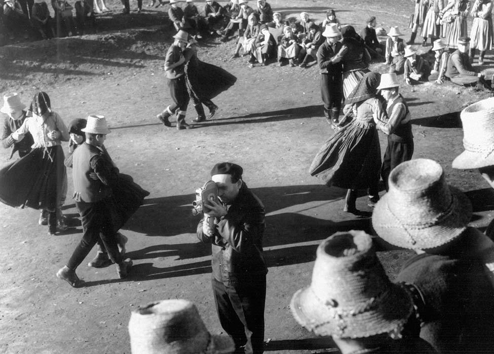 Ferenc Novák films a children's dance; 1967